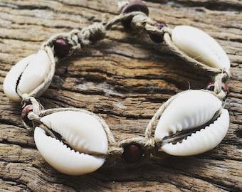 Handmade Hemp Macrame Shell Bracelet with Cowrie Shell & Timbre Beads