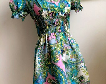 Psychedelic 60s Mini Dress! *Free shipping*