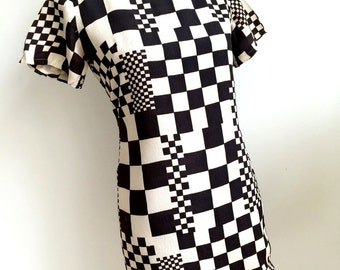 Scene IV (Denver - USA) 2 Tone,  Op Art 1960s Mini - Dress (S/M Fit)