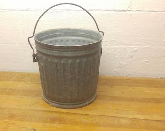 Vintage Galvanized Bucket, Galvanized Pail, Farm Pail, Metal Flower Pot, Trash Can, Rustic Bucket, Cottage Decor
