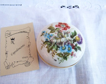 Capodimonte 1950s vintage Italian hand-painted porcelain small trinket box with flowers. Floral gift idea