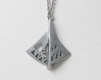 Decorative Pewter Pendant, Björn Tennung, Sweden, 1984  (F418)