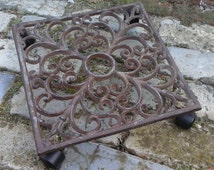 French vintage Cast Iron Plant Stand..French Trivet...Shabby Chic.. Garden deco...Outdoor living...Iron ware...