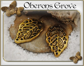 10 leaf charms gold 10x16mm