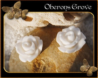 10 white resin roses cabochons 10mm