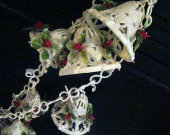 Vintage Cristmas bell garland, Christmas bells, Christmas garland, bell garland (just under 10ft)
