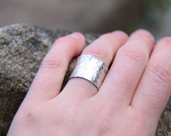 extra thick sterling silver ring. hammered ring.
