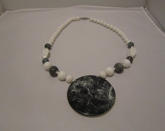 Vintage Reversible Black and White Necklace