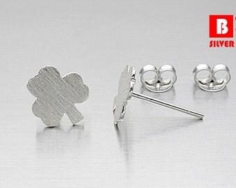 925 Sterling Silver Earrings, Leaf earrings, Brushed Earrings, Stud Earrings (Code : K09G)