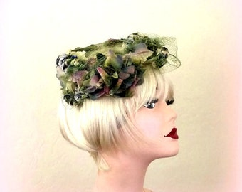 50s - Whimsy Floral Ring Hat - GARDEN PARTY FASCINATOR - Vintage Hat