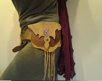 Leather hipbag/fanny pack/bum bag. Beige with tassles.