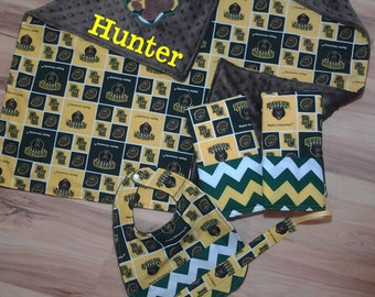 Baylor Bears Baby Blanket Set with 2 burp cloths, Bib and Pacifier Clip
