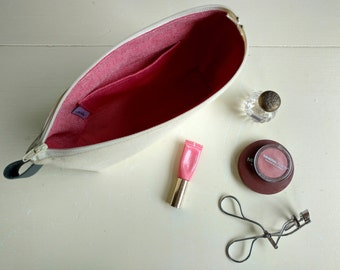 Large Makeup Bag in Natural Canvas with Red and White Cotton Lining - Pocket and Zipper