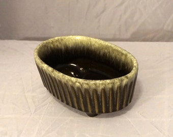 Vintage Hull USA Art Pottery F39 Glazed Ceramic Flower Pot Planter