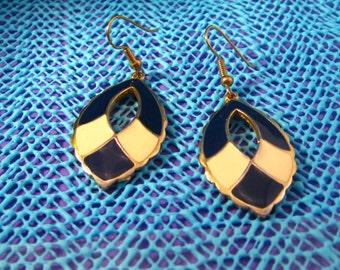 Earrings Goldtone Dark Navy Blue & Cream Enamel Earrings Pierced Hooks