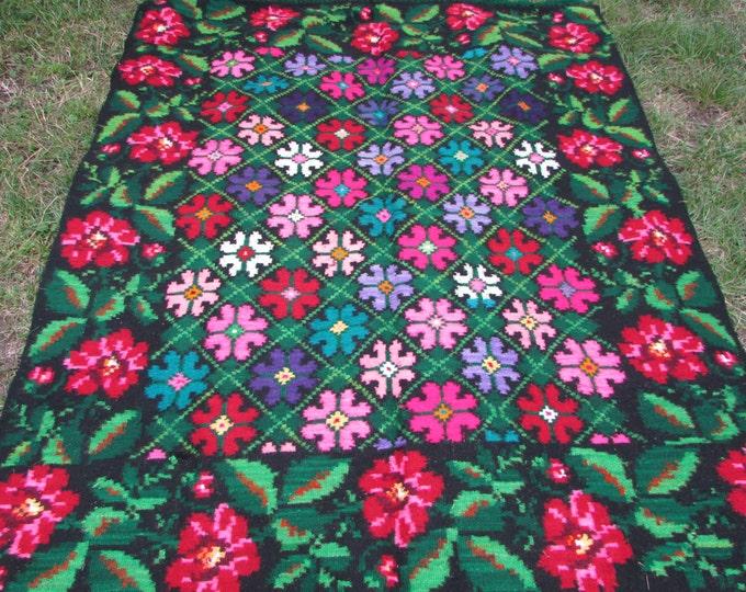 Bessarabian Kilim. Floor Rugs. Handmade 45 years old. Rose kilim. Vintage Moldovan Kilim. Handmade. Floral Rugs Carpets, Eco-Friendly. Len