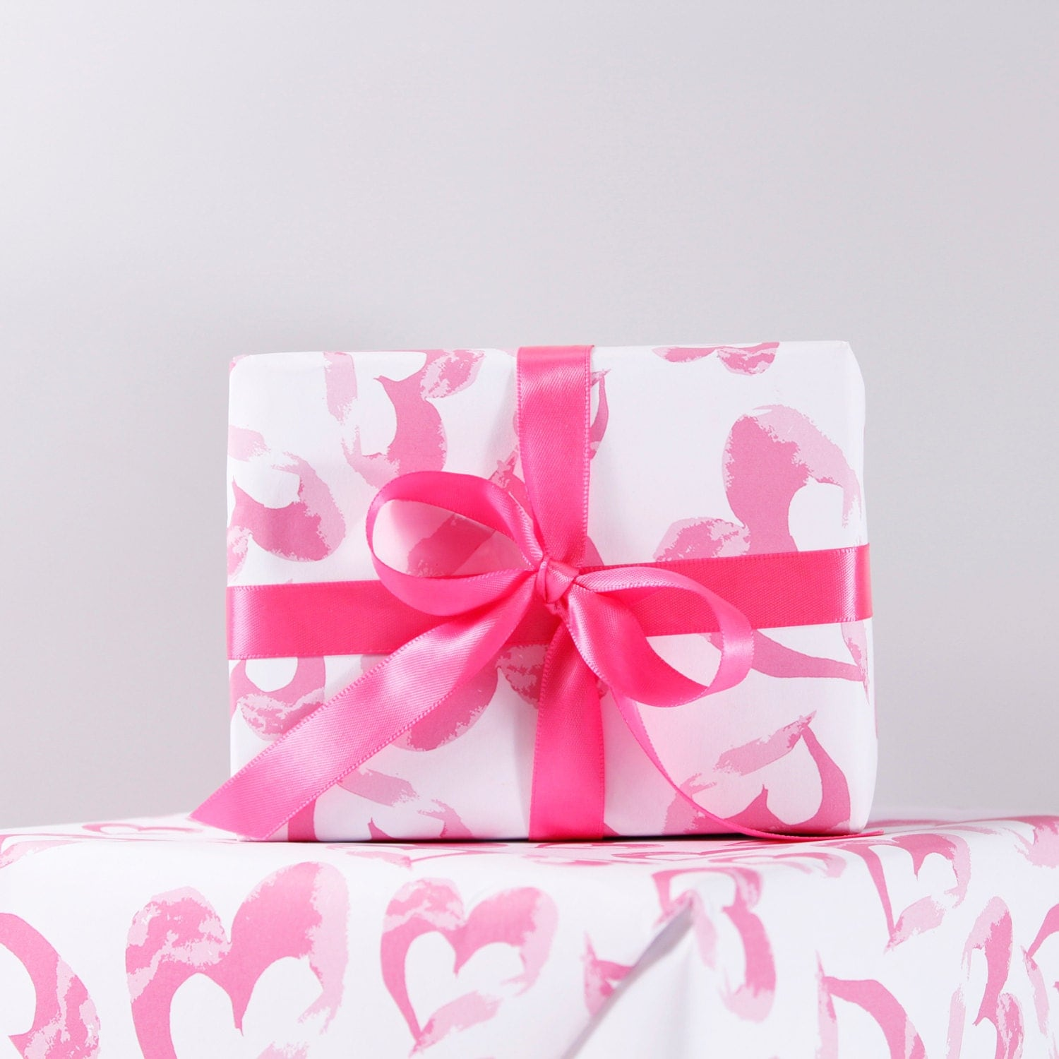 heart pattern recycled wrapping paper. Black Bedroom Furniture Sets. Home Design Ideas