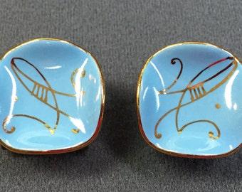 Vintage Mid-century 1950's Handmade Ceramic Clip Earrings.  Free shipping