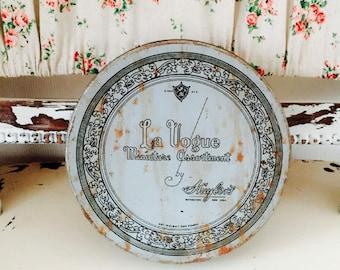 Beautiful Vintage French Tin