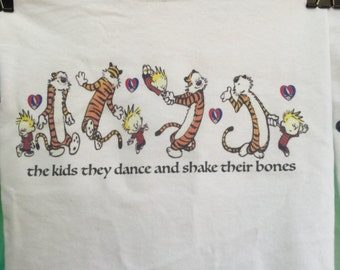 Calvin and Hobbes The Kids They Dance Throwing Stones Grateful Dead Vintage Style Dead Head Tshirt