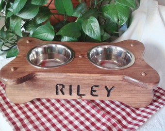 Elevated Dog Feeder, Raised Dog Feeder, Personalized Dog Feeder, Three Sizes Available, Six Colors To Choose From
