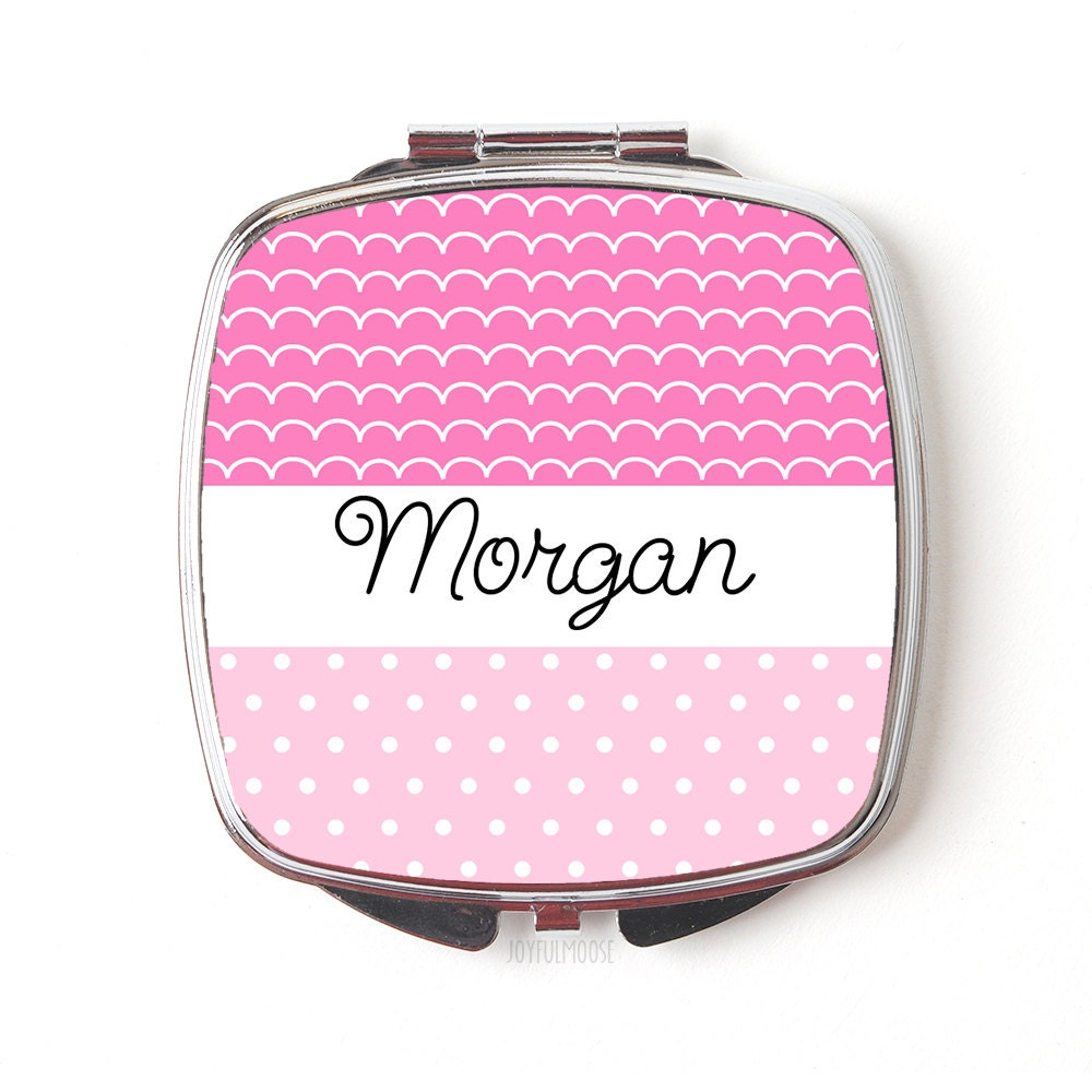 personalized compact mirror personalized bridesmaids gifts. Black Bedroom Furniture Sets. Home Design Ideas