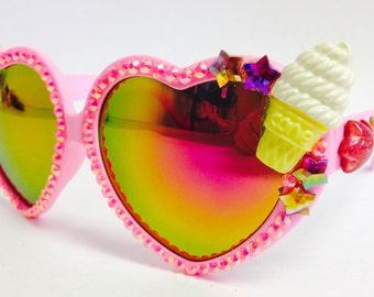 I heart food! oversized heart shape sunnies