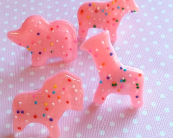 Animal Cracker Ring / Kawaii Animal Jewelry / Realistic Food Ring / Cute Animals / Lolita Ring / Pastel Goth / Kawaii Ring / Animal Cookie