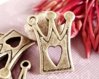 Crown with heart charm