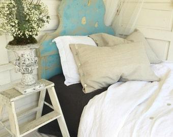 Natural Linen Pillow Shams, Shabby Chic Linen Pillowcases, Luxury Linen Bedding, Mother of Pearl Button, Pillowcase Covers, Farmhouse Home