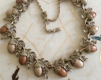 Coro Knotts Berry Farm Acorn Thermoset Necklace.