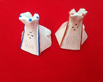 Vintage Native American TeePee salt and pepper shakers