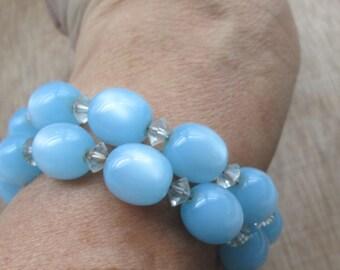 Vintage Light Sky Blue Moonglow Lucite Stretch Expandable Bracelet