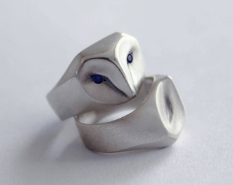 Owl Ring with Blue Sapphire Eyes, barn owl, animal jewelry, silver owl, owl jewelry, owl gift,amazing owl ring