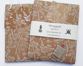 Bird Gift Wrapping Kit // 2 Kraft Wrapping Paper Sheets // 2 Kraft Gift Tags // 4 Stickers // Twine // Song Bird Print // Handmade Wrapping