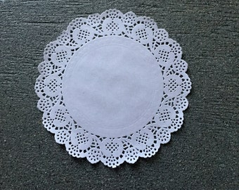 """1000 ct. 7.5"""" inch Paper Lace Doilies Craft Doilies-Party Decor-Gift Wrap"""