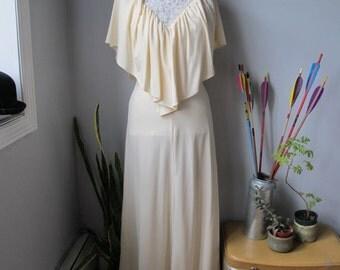 1960s Vintage Ivory/ Creme Cape Wedding Dress