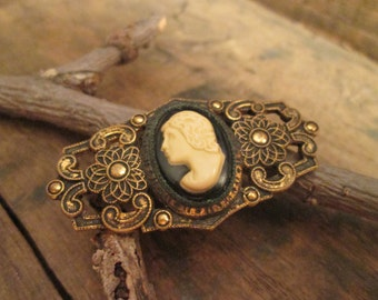vintage antiqued gold tone edwardian period cameo brooch
