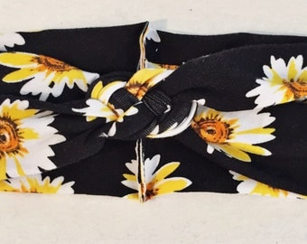 "SALE: Black Daisy ""sailors knot""  headband"