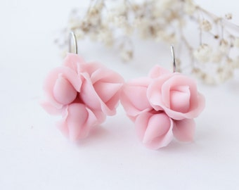 Pink rose earrings, pale pink, romantic earring, bridal earrings, pink wedding, blush pink, bridesmaid gift, minimalist earrings