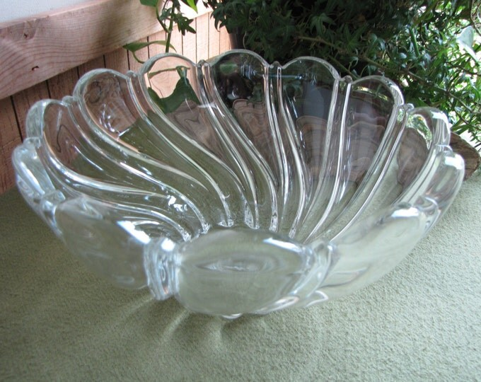 Vintage Mikasa Peppermint Clear Swirled Bowl Large Serving Bowls Centerpiece or Coffee Table Bowl