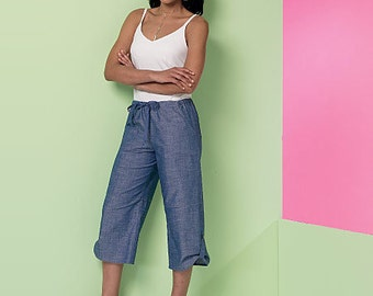 McCall's Sewing Pattern M7364 Misses' Drawstring Shorts and Pants with Pockets