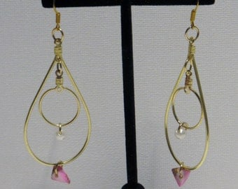 Tear Drop with pink and white gem