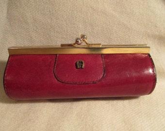 Vintage Etienne Aigner kiss lock coin purse