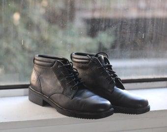 7 Vintage black leather ankle boots