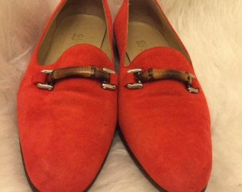 Gucci orange velvet shoes