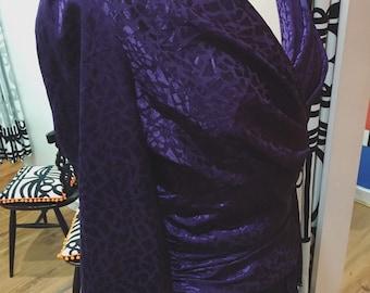 1970s 1980s Diane Von Furstenberg Plum Ruched Textured Wiggle Dress