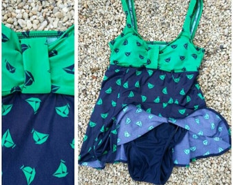 Size S/M vintage 70s 80s skirted swimsuit one piece navy blue kelly green sailboats print Preppy / romper playsuit nautical beach loungewear