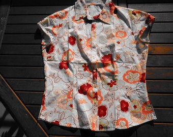 Short sleeve, vintage 70s blouse, size 40