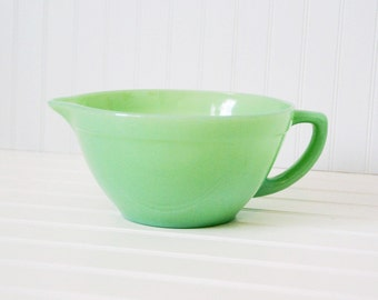 Vintage Fire King Jadeite Batter Bowl - sweetcarolineathome